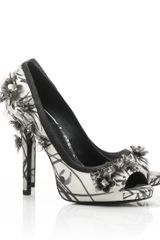 Tory Burch Printed Pixie Open Toe Pump - Lyst