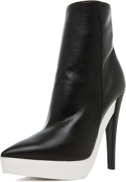 Stella Mccartney Scott Bootie in Black in Black - Lyst