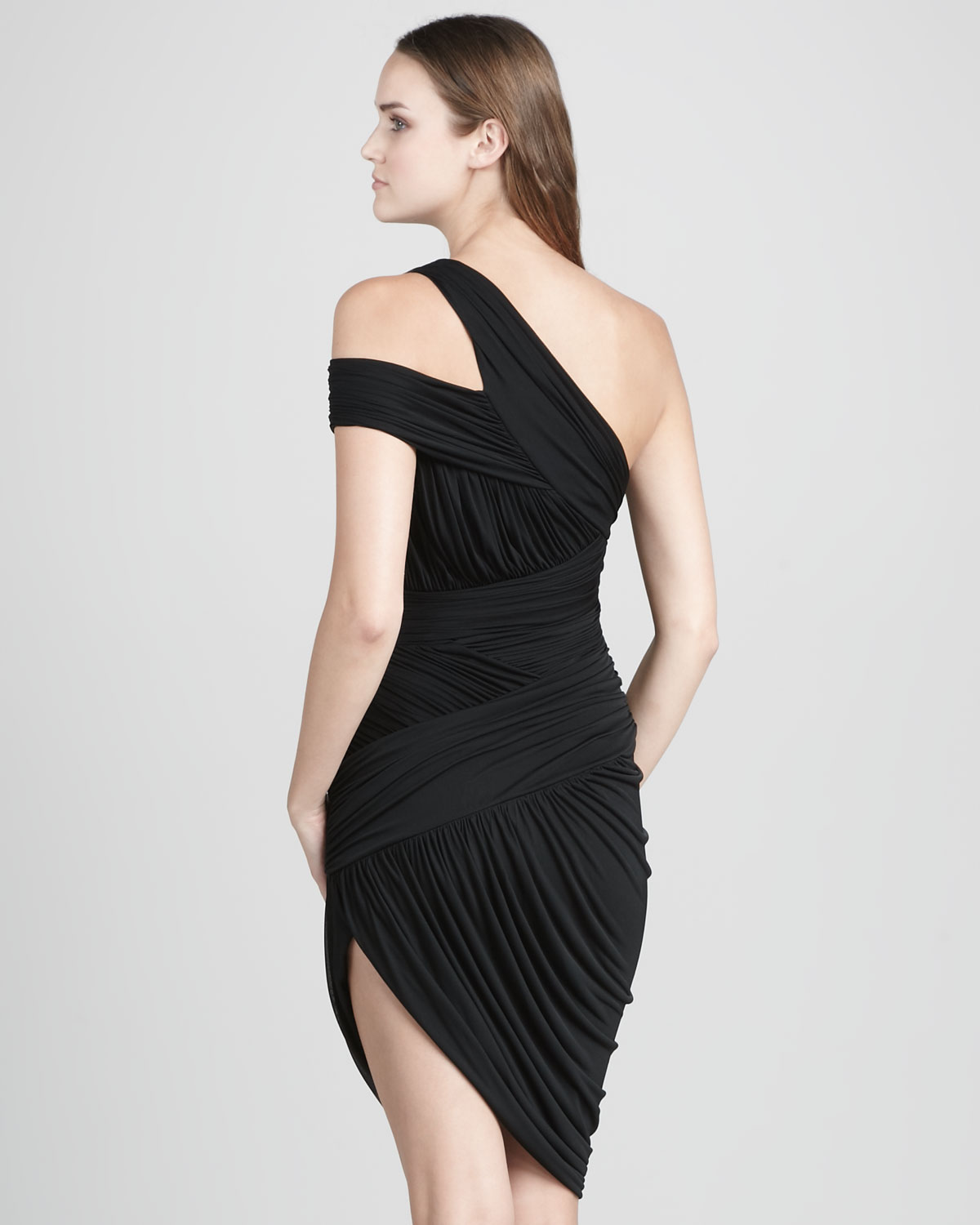 Snag This Hot Sale! 70% Off Halston Heritage Gown