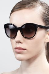 Prada Rounded Cateye Sunglasses - Lyst
