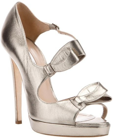 Oscar De La Renta Lanabow Sandal Pump in Gray (grey) - Lyst