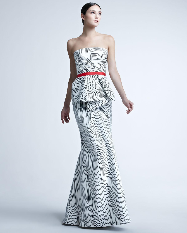 Lyst Carolina Herrera Woodgrainprint Peplum Gown In Metallic