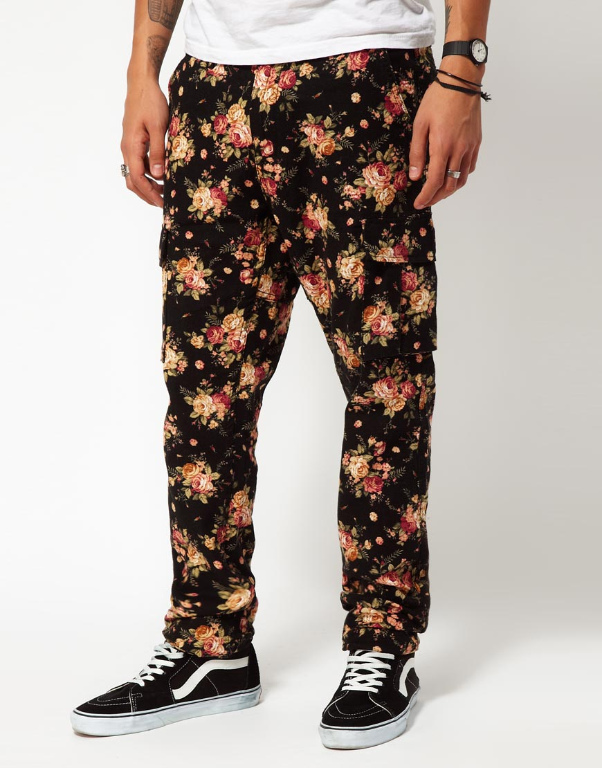timberland cargo trousers with floral print in black for men