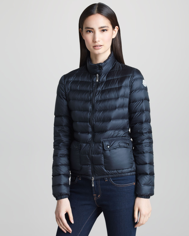 Short black jackets for women