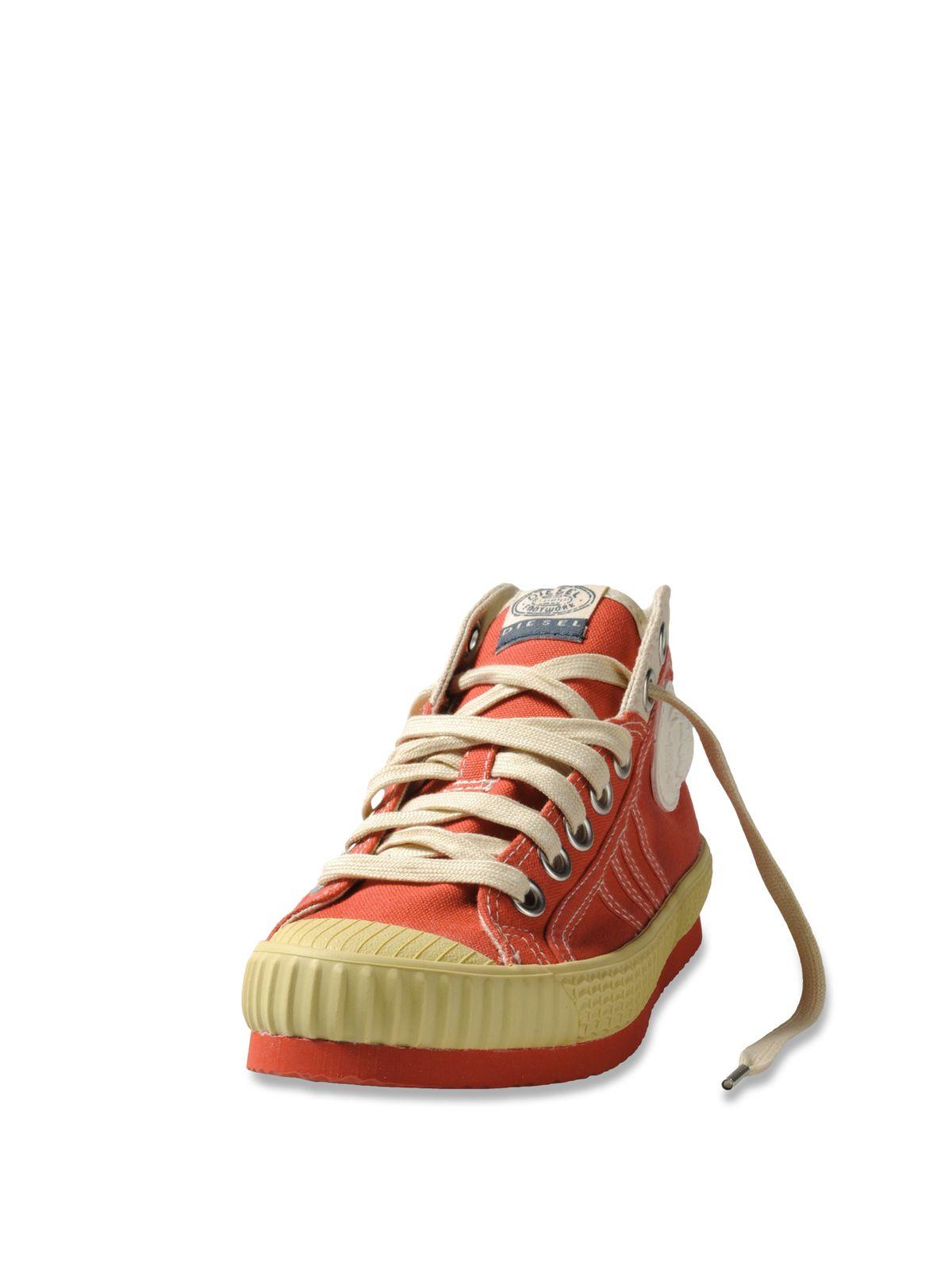 Yuk Shoes Size