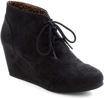 ModCloth Fave It Out Wedge - Lyst