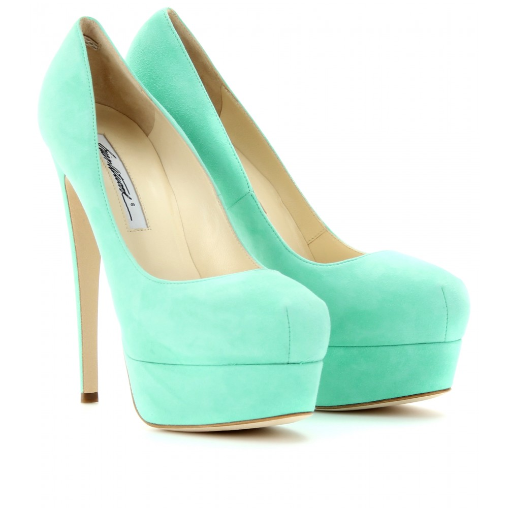 Mint Green Pumps mint green Spring green is a color that is the color on the color wheel that is precisely halfway between cyan and green (sometimes mislabeled as aquamarine on .