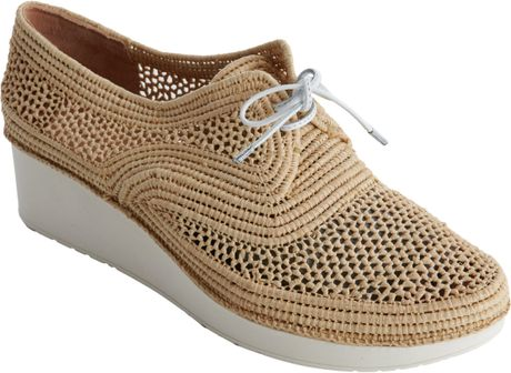 Robert Clergerie Vicole Raffia Platform Brogues in Brown (almond)