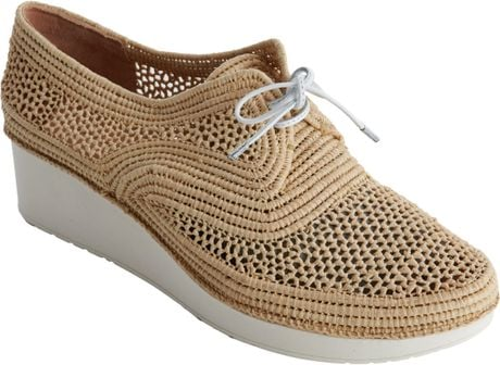Robert Clergerie Vicole Raffia Platform Brogues in Brown (almond) - Lyst