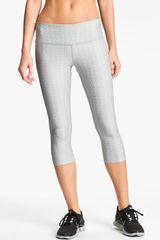 Nike Poly Print Capri Tights - Lyst