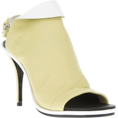 Balenciaga Balenciaga Waqg0 Paille Blanc Leather in Yellow - Lyst