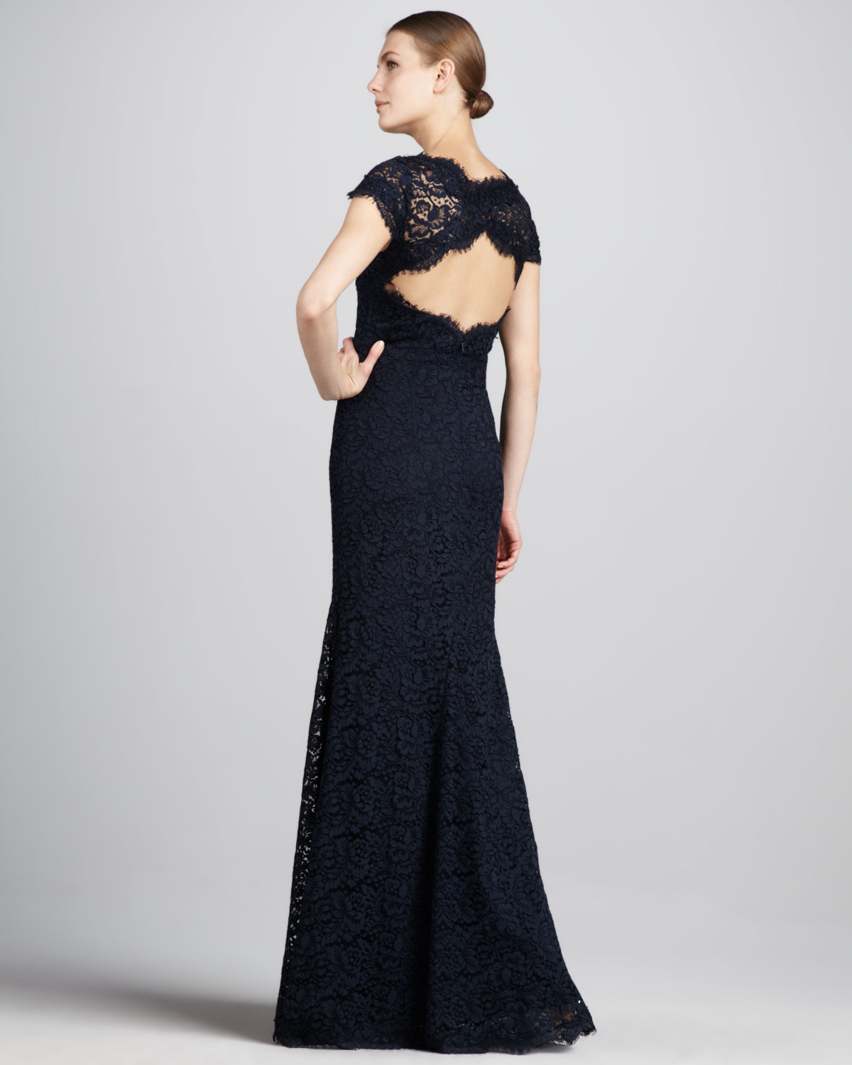 Lyst - Ml monique lhuillier Openback Lace Gown in Black