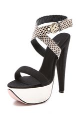 Giambattista Valli Metallic Platform Sandals - Lyst