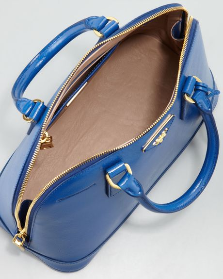 Prada Saffiano Promenade Handbag in Blue (bright royal blue)