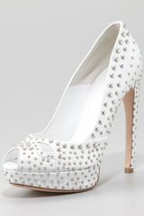 Alexander McQueen Studded Leather Pump - Lyst