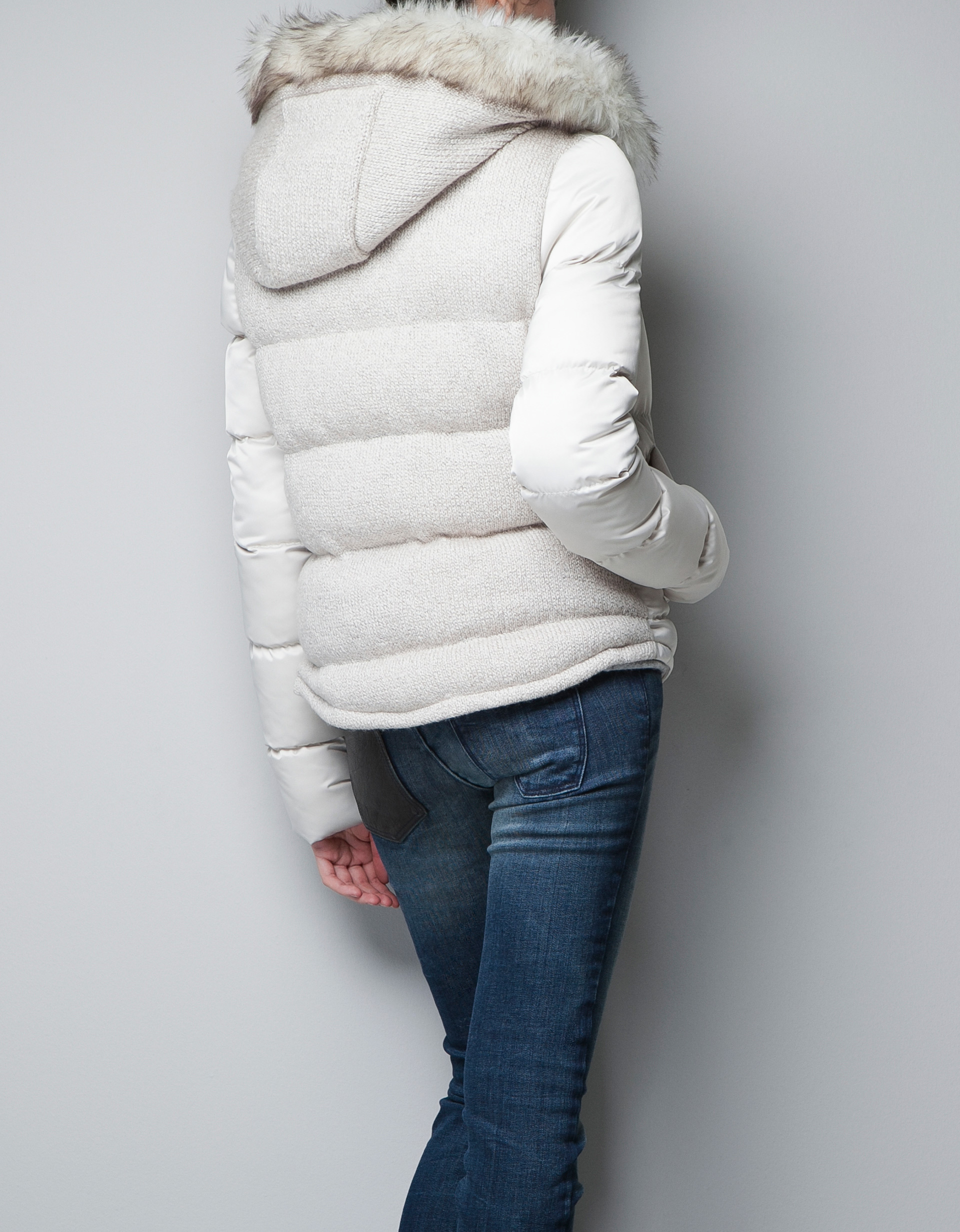 Zara Puffer Jacket with Fur Hood in White | Lyst