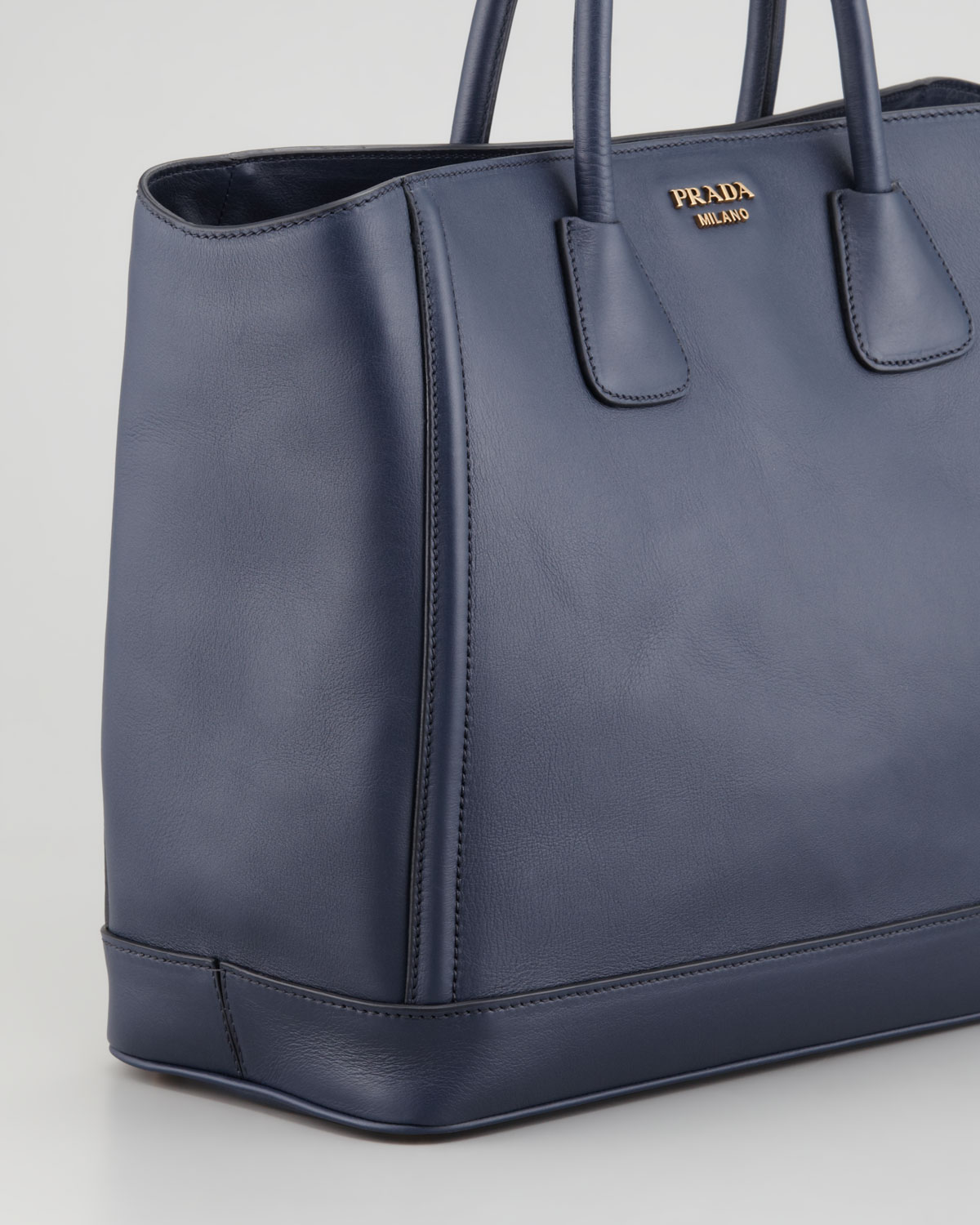 Prada City Calf Large Tote Bag in Blue | Lyst