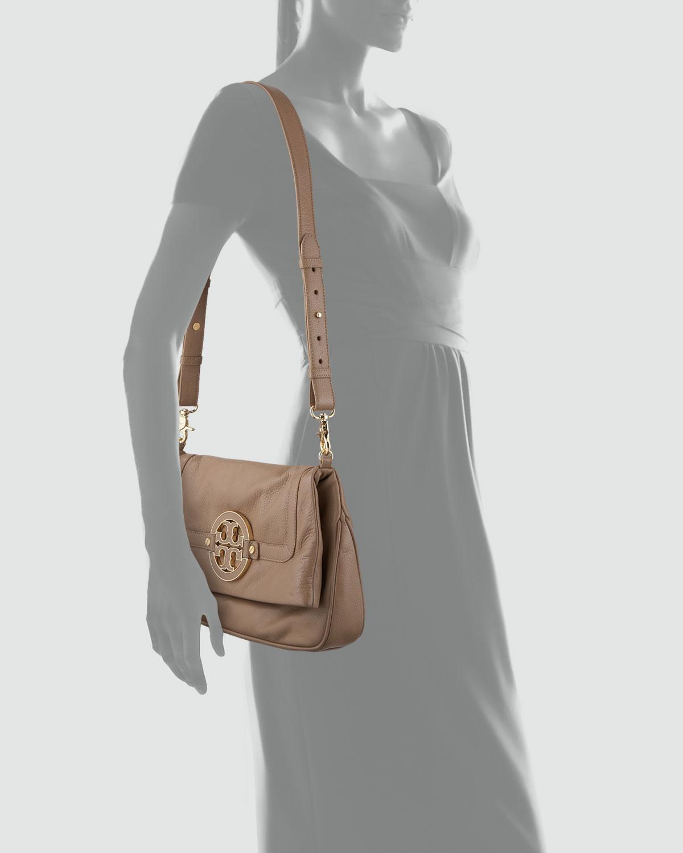 2dbce53bacaa Lyst - Tory Burch Amanda Foldover Messenger Bag in Brown