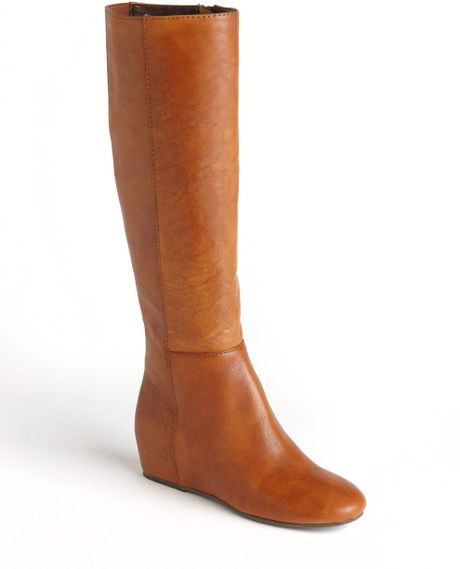 boutique 9 zanny wedge leather boots in brown cognac le