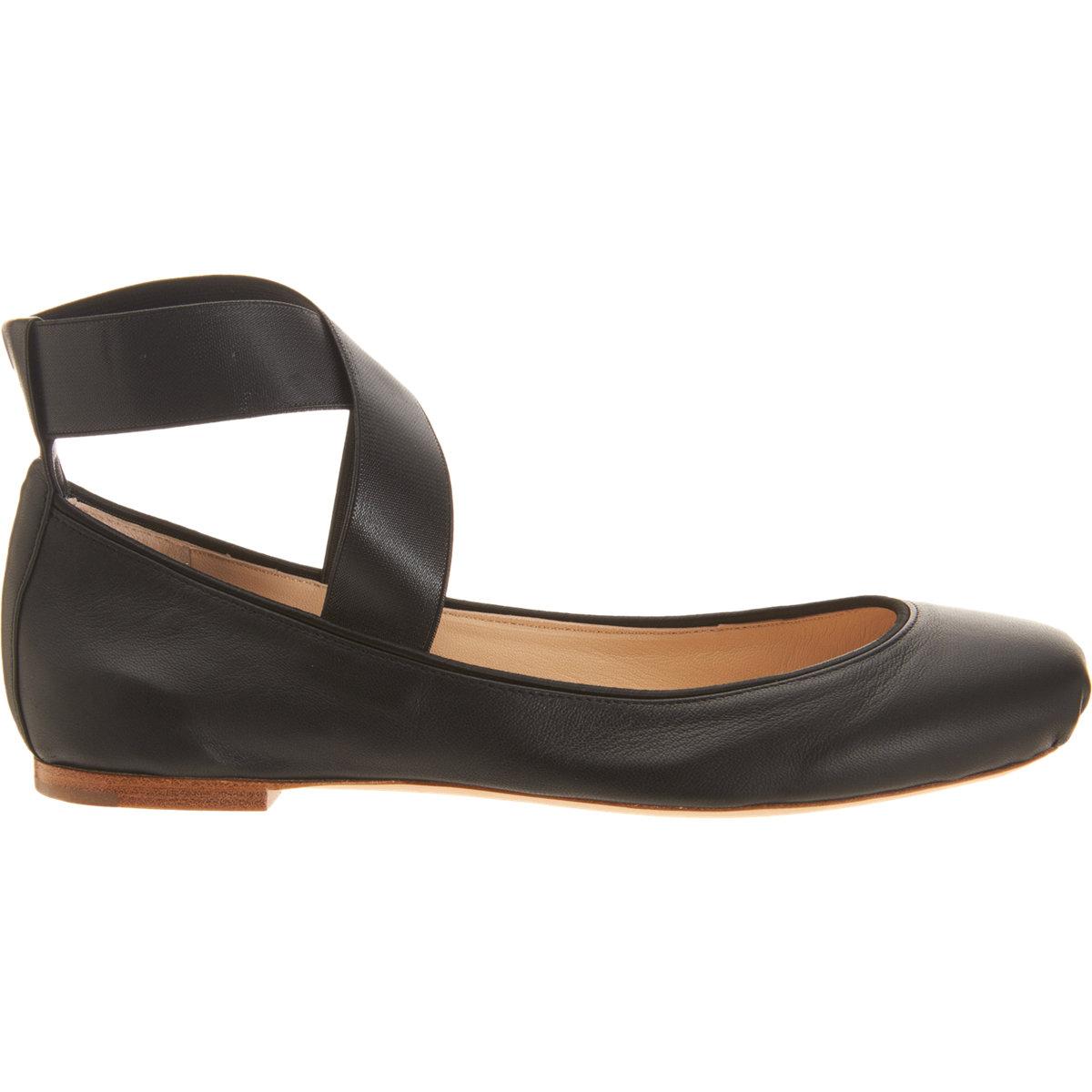 Lyst Chlo 233 Crisscross Ankle Strap Ballet Flat In Black