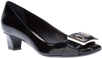 Dior Buckle Detail Pump - Lyst