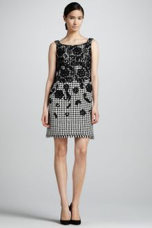 Oscar de la Renta Floral Embellished Houndstooth Dress - Lyst