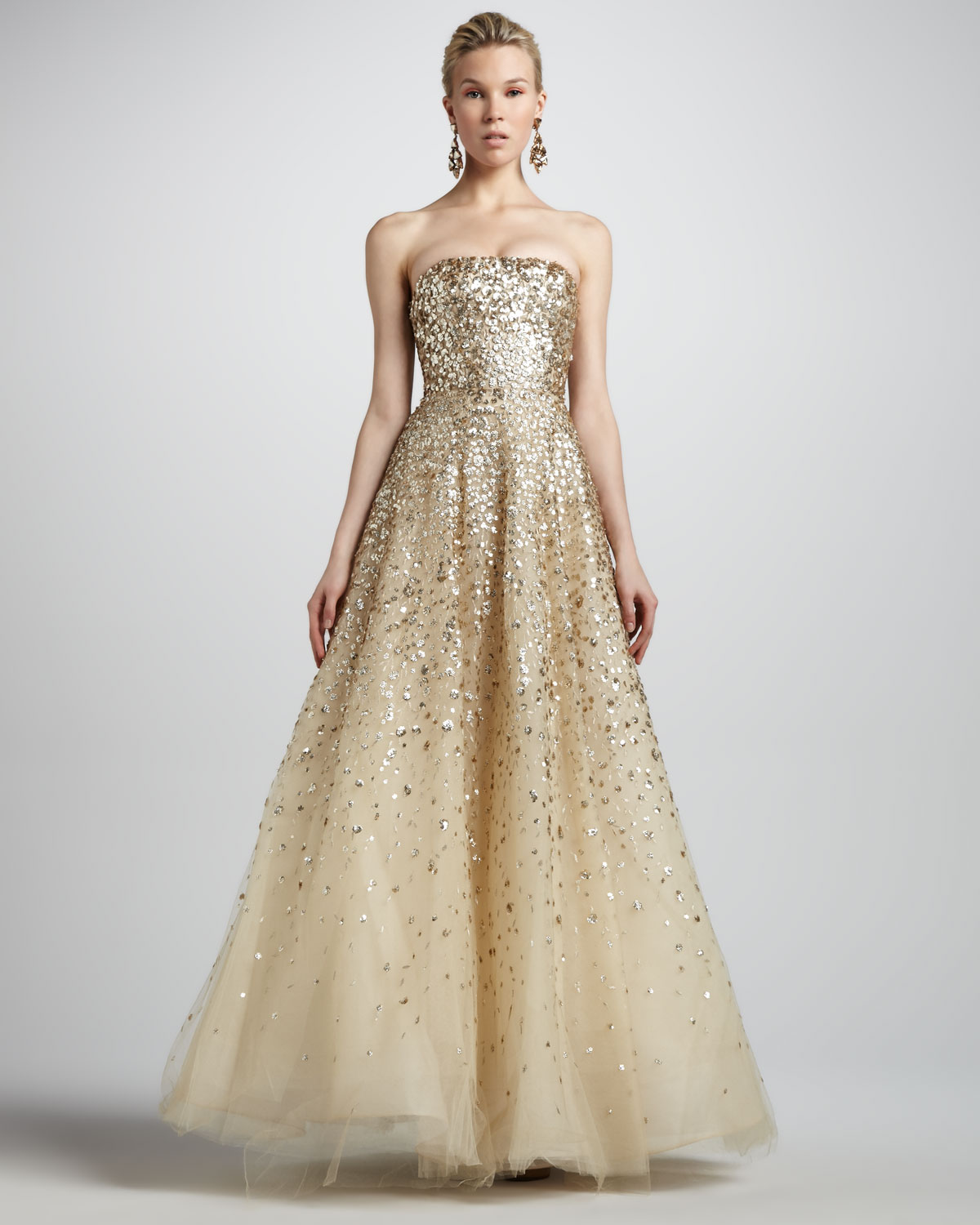 Lyst oscar de la renta strapless floral paillette ball for Where to buy oscar de la renta wedding dress