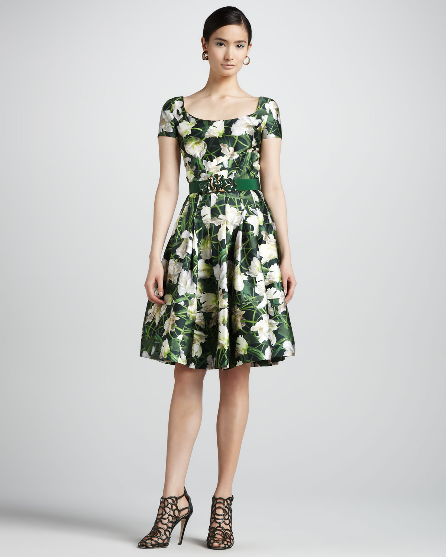 lyst oscar de la renta floral print scoopneck dress in green. Black Bedroom Furniture Sets. Home Design Ideas