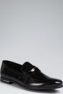 Prada Black Glazed Leather Logo Plaque Loafers - Lyst