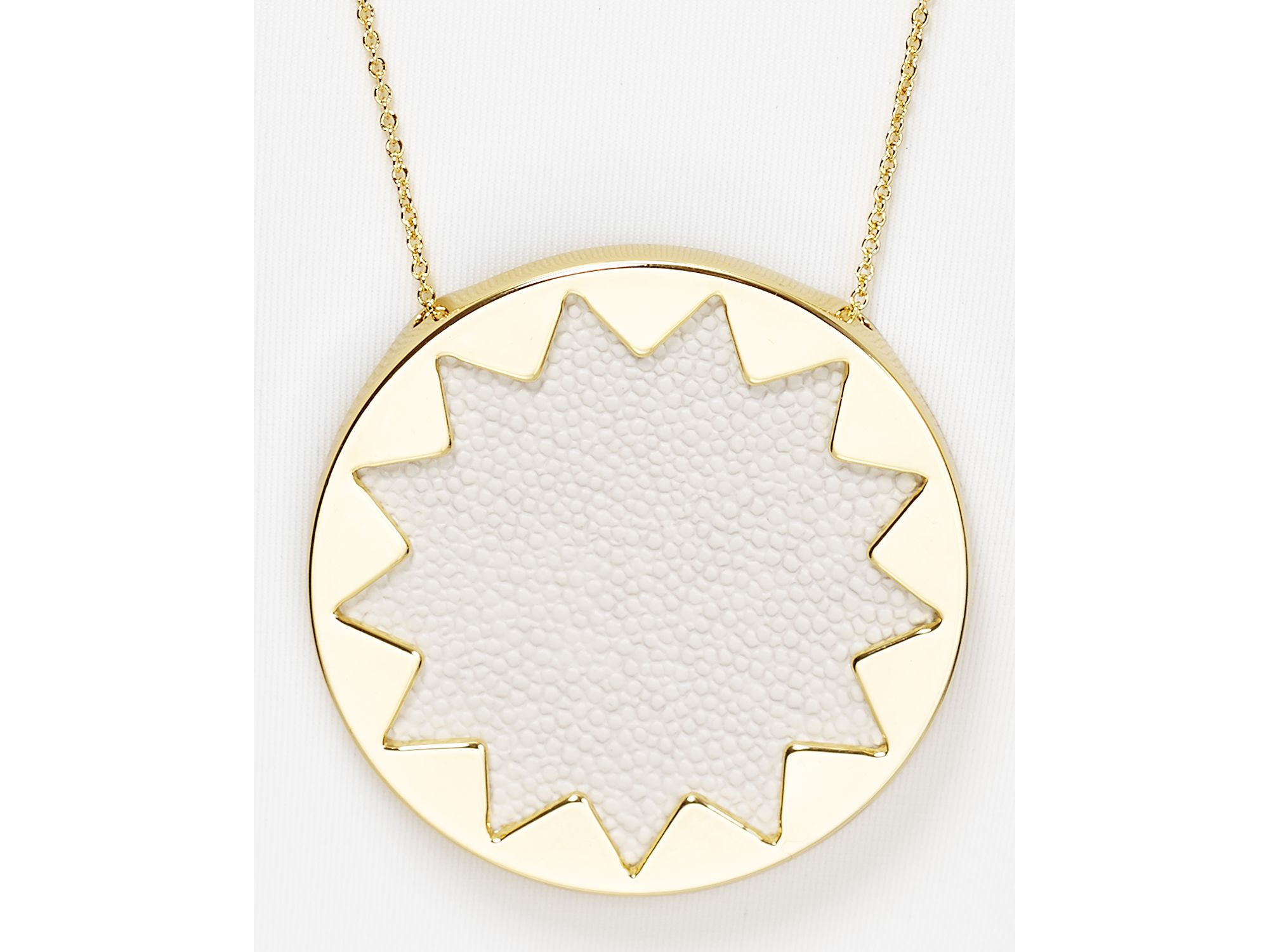 Lyst house of harlow 1960 stingray embossed sunburst pendant gallery mozeypictures