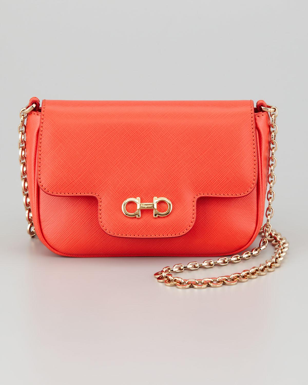 Ferragamo Fancy Chain Shoulder Bag in Orange | Lyst