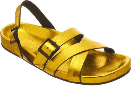 Burberry Metallic Bellgreen Sandal in Gold for Men (black) - Lyst