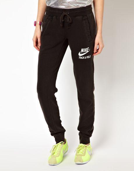 Fantastic The Nike Track And Field Cuffed Womenu0026#39;s Pants.