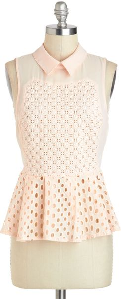 ModCloth The Kings Peach Top - Lyst