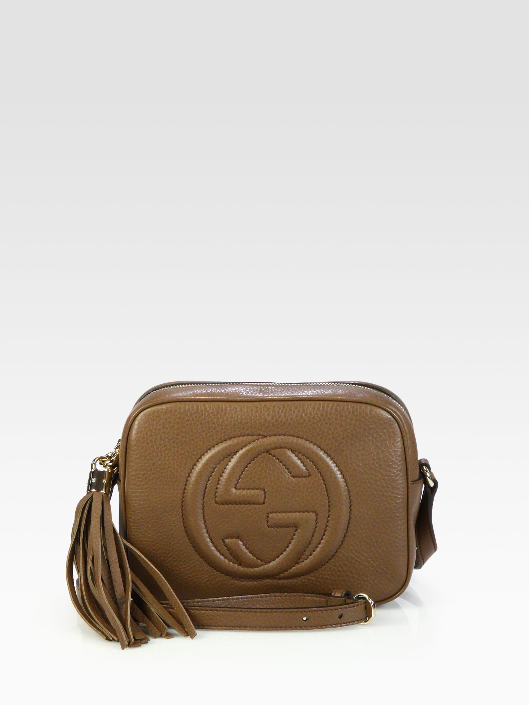 fe448b7cc53a Gallery. Previously sold at  Saks Fifth Avenue · Women s Gucci Soho Bag