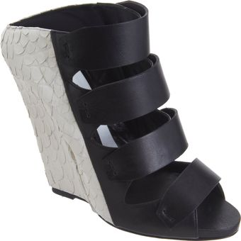 Narciso Rodriguez Bicolor Multistrap Wedge Slide - Lyst