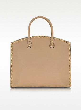 Valentino Rockstud Zippered Nude Leather Tote - Lyst