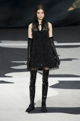 Chanel Fall 2013 Runway Look 72