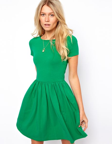 Asos skater dress with slash neck and short sleeves in green lyst - Dressing modellen ...