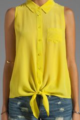 Equipment Mina Sleeveless Tie Front Blouse - Lyst
