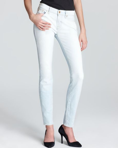 7 For All Mankind Jeans The Skinny in Clear Indigo in Blue (clear indigo)