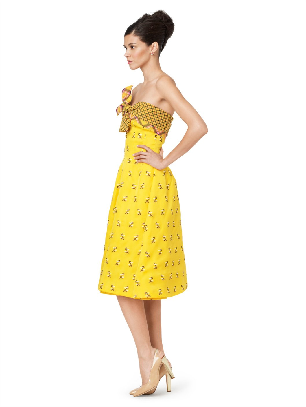 Jeelry ith yellow dress 714