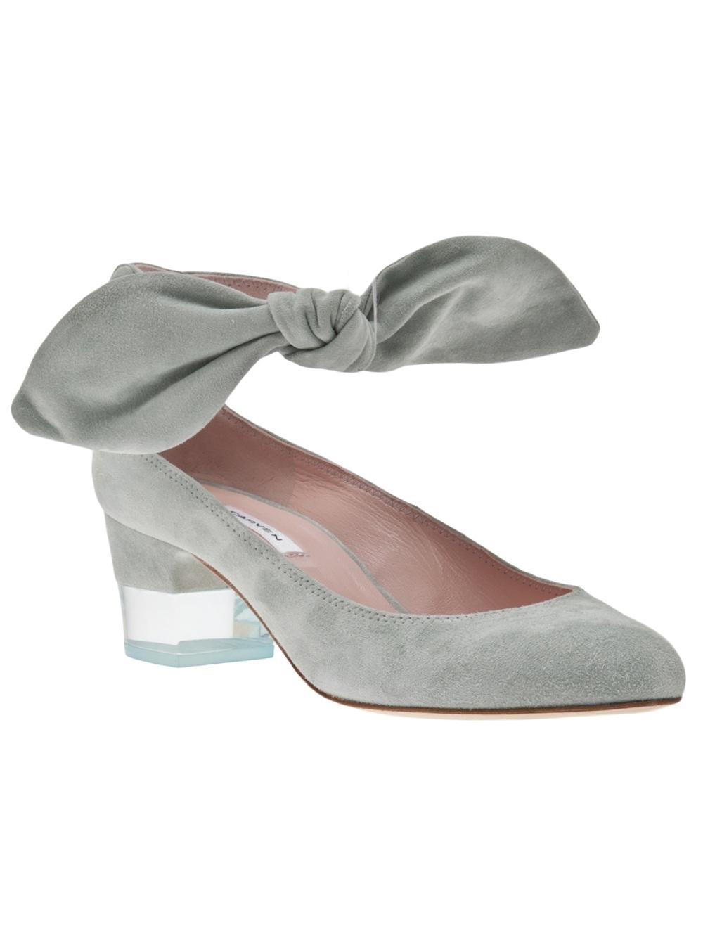 3db3fe361e7 Lyst - Carven Low Heel Shoe in Gray