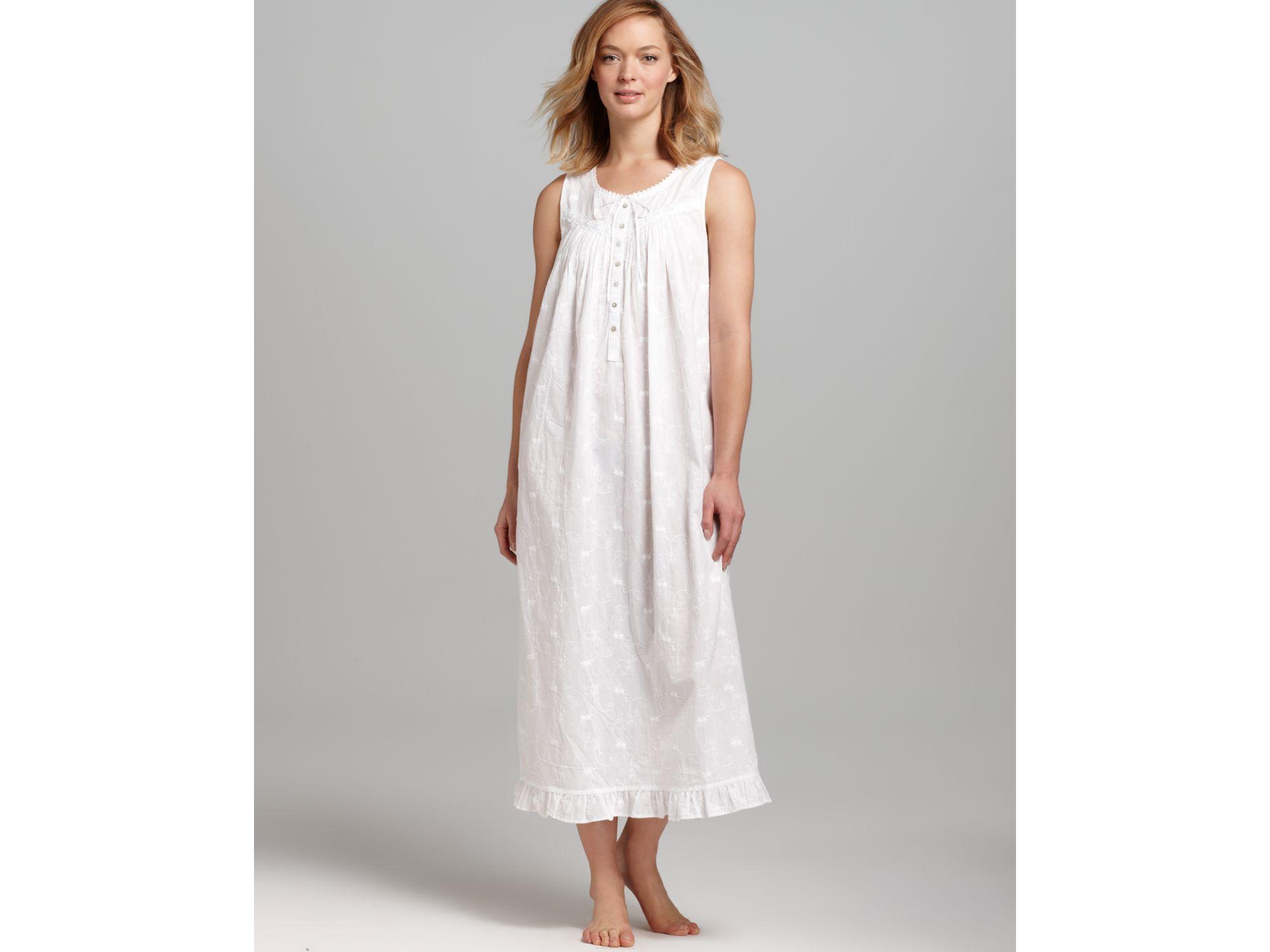 Lyst - Eileen west Breaking Waves Sleeveless Ballet Gown in White