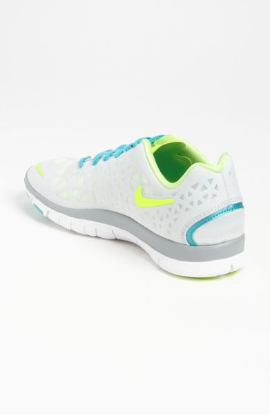Brilliant  Sale Cheap Nike Women39s Air Zoom Odyssey 2 Running Shoes Tealwhite