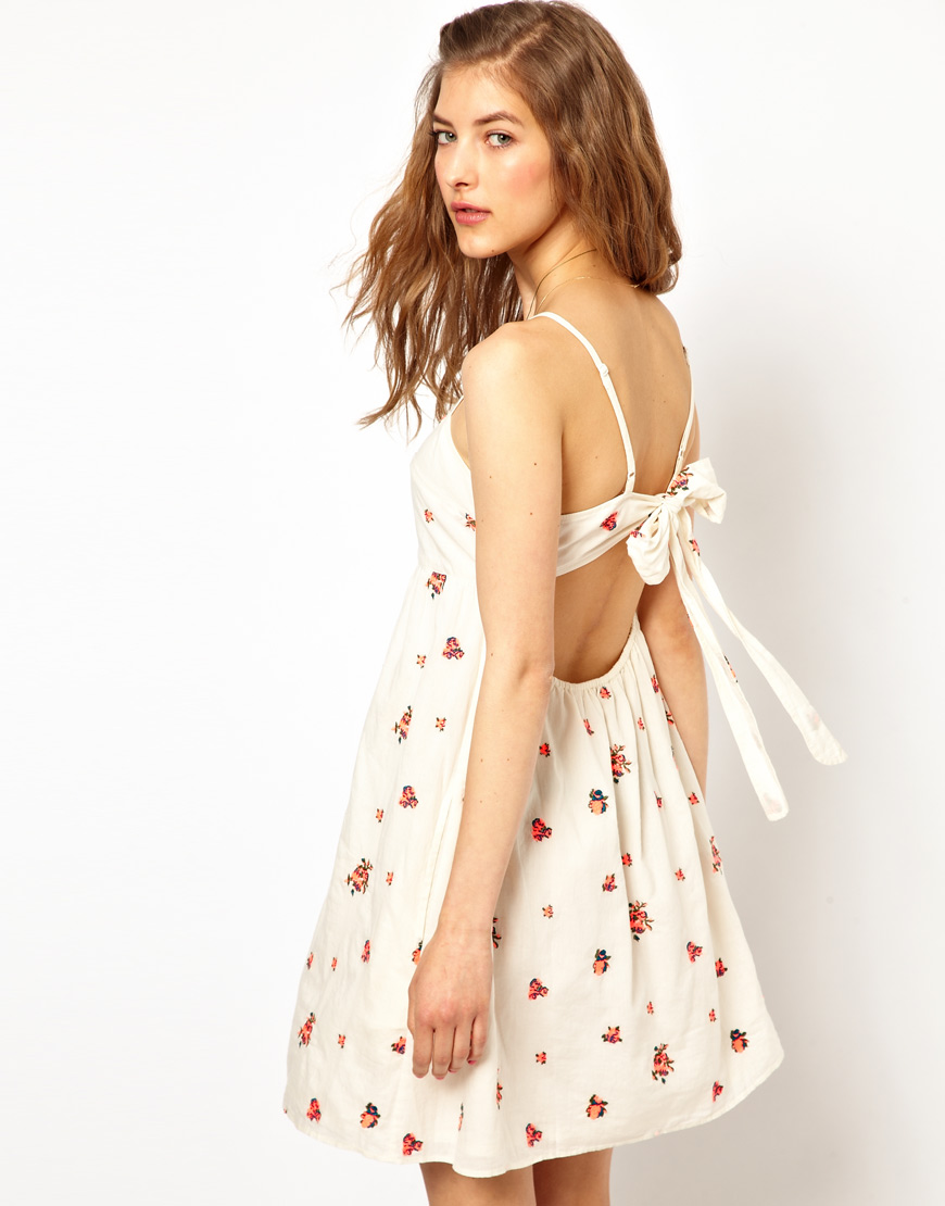 lyst paul joe open back sundress with bright floral embroidery in white. Black Bedroom Furniture Sets. Home Design Ideas
