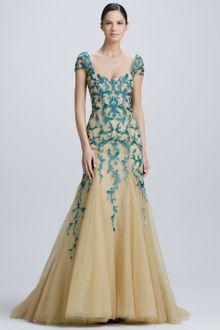 Monique Lhuillier Embroidered Tulle Gown - Lyst