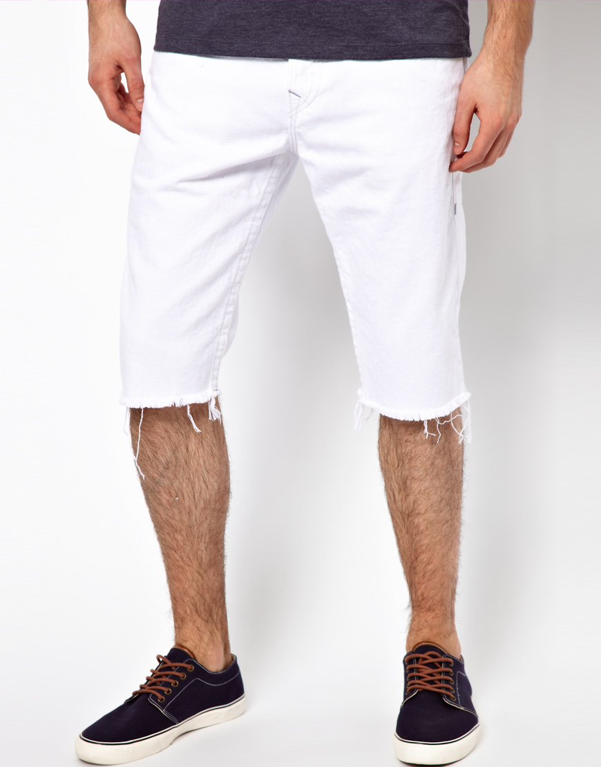 2019 year looks- Denim white shorts men