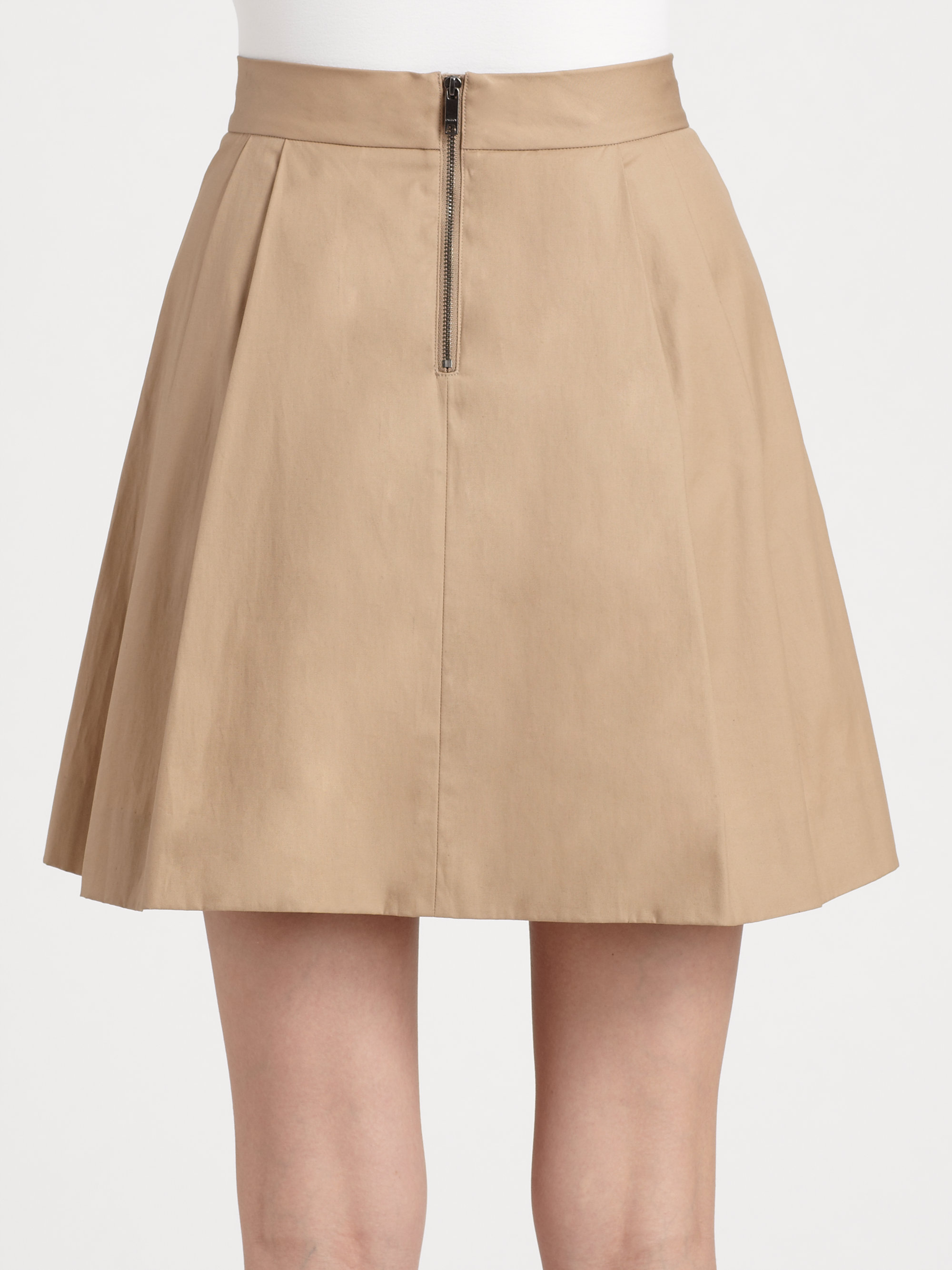 Khaki Skirts For Women. Introduce a dose of casual style to your wardrobe rotation with a must-have khaki skirt! Give those classic black slacks and denim blues a rest and discover khaki.