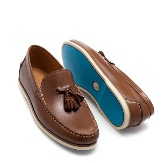 Find leather moccasin with tassels at ShopStyle. Shop the latest collection of leather moccasin with tassels from the most popular stores - all in one.